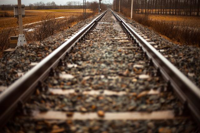 rails-407242_640